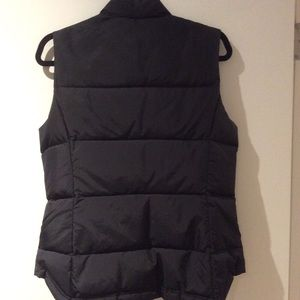 J. Crew Jackets & Coats - JCrew black puffer bubble vest